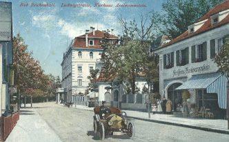 Die Salzburger Straße in Bad Reichenhall in früheren Zeiten auf einer alten Postkarte